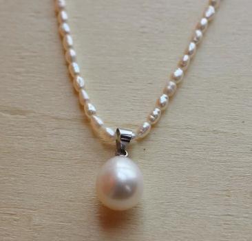 Girl Pearl Jewelry