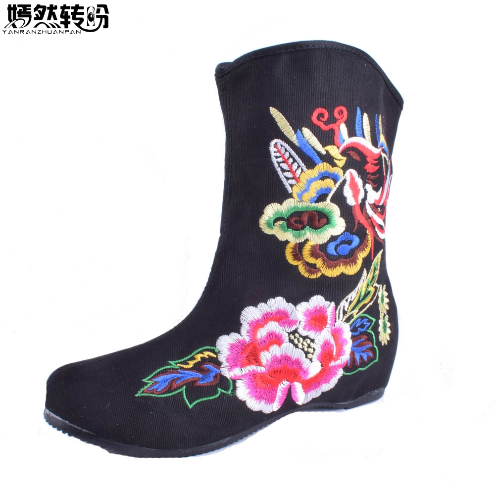 Vintage Women Boots Flower Embroidered Casual Canvas Short Ankle Boots Autumn Ladies Booties Winter Shoes Zapato Mujer veowalk extreme low top women casual linen cotton loafers handmade vintage ladies canvas walking hemp flat shoes zapato mujer