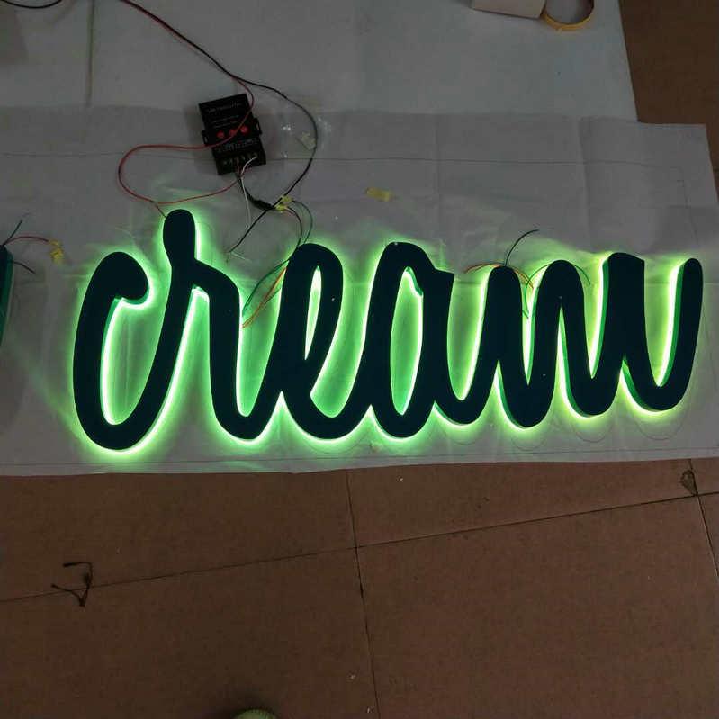 Per esterni Personalizzati di telecomando di RGB Illuminazione 3D nome del negozio segno bordo retroilluminato lettere di segnaletica
