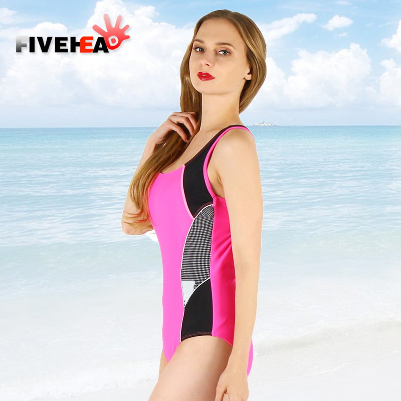 one-piece women swimwear sexy sling halter printed flower printed large size bathing swimsuit push up female Geometric printing one piece swimsuit cheap sexy bathing suits may beach girls plus size swimwear 2017 new korean shiny lace halter badpakken