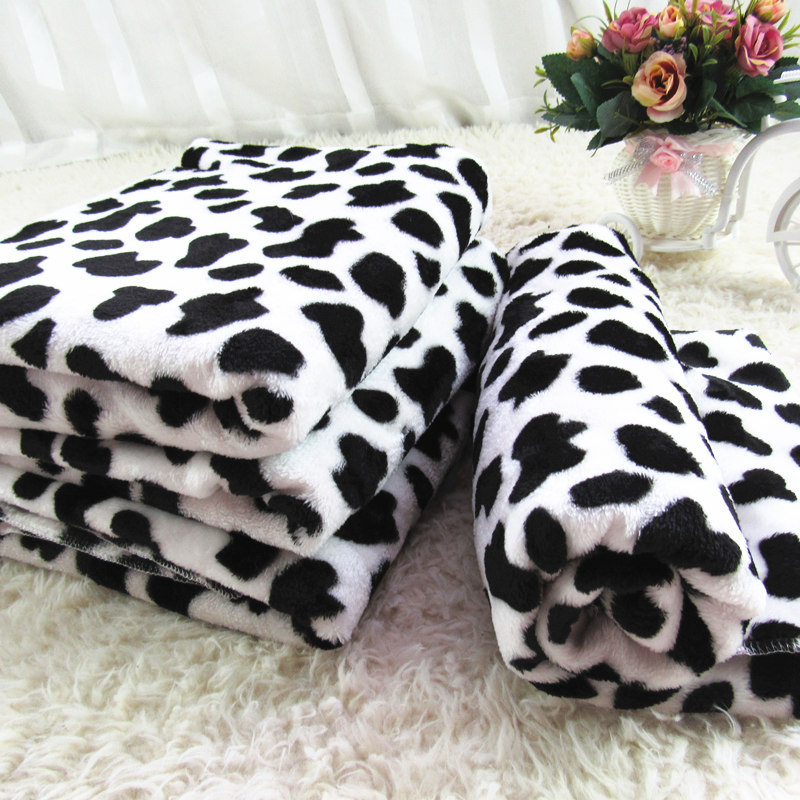 Soft Small Pet Dog Blanket Cat Dog Mats Cow Printed Fleece Warm Puppy Sleeping Mat Cat Bed Cushion For Large Dogs Pet Supplies