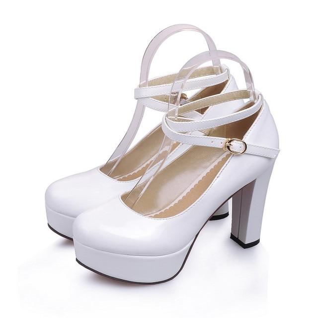 1771e0260 Mulheres da plataforma do salto grosso sapatos de salto alto preto branco