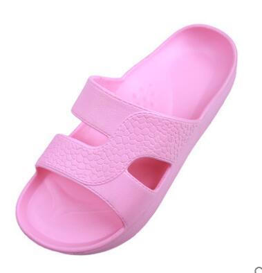 201818 Woman slippers GCA 201818 men s slippers tott