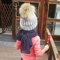 Мальчики девочки Зима Енот Меховые Шапки 100% Натуральный Мех помпон Шапочки дети Натуральный Мех Шляпа Для Детей Енота помпоном шляпы 1 шт. H023