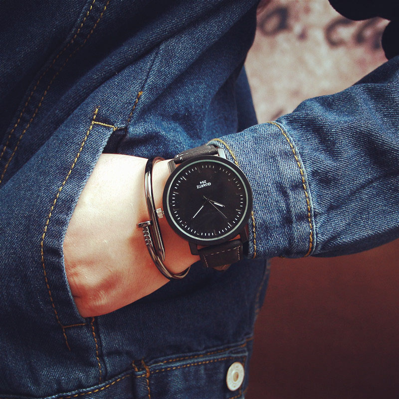 Fashion Lover's Watch Women Men MIlitary sports Quartz wristwatches women Men Leather Quartz wrist Watch Ladies watch