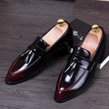 Vintage Hombre de Negocios Punta estrecha zapatos de Los Hombres de Moda Pisos Borla Brogue Oxfords Charol Zapatos Mocasines 022