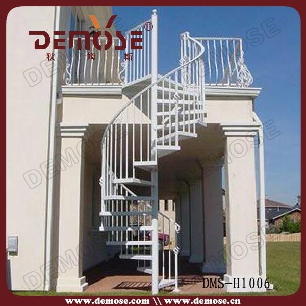 Outdoor Modern Composite Stair Tread
