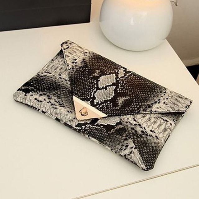 New Fashion Women's Synthetic Leather Messenger Bag Boa Snake Skin Envelope Bag Day Clutche Purse Lady Evening Bag D42 1