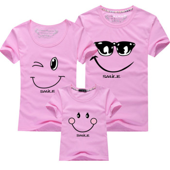 Family Matching T Shirt New 2019 Cotton Smiling Face Shirt Short Sleeves Matching Clothes Fashion Family Outfit Set Tees Tops