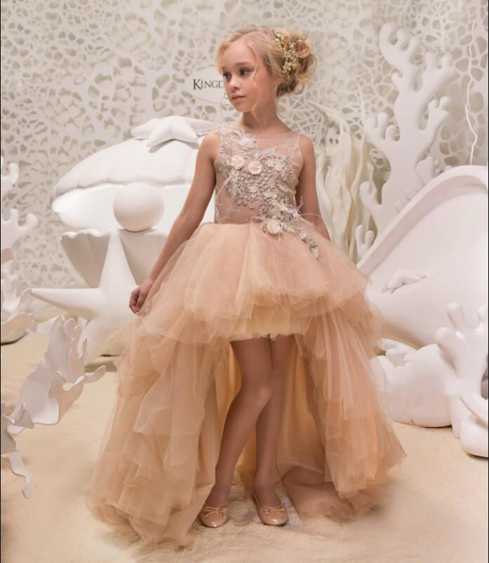 все цены на Romantic New 3D Flowers Lace Back Button Solid O-neck Flower Girl Dresses Vestido De Daminha New Arrival Pageant Gown онлайн