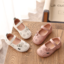 Toddler Baby Girls Shoes Princess Leather Shoes 2019 Spring and Summer Bow-tie Hollow Soft Sole Cute Rabbit Little Girls Shoes цена в Москве и Питере