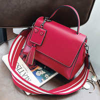 ETAILL Kleine Flap Glad Pu Lederen Crossbody Tas met Kwastje Strip Brede Band Schoudertas Mode Luxe Merk Messenger Bag