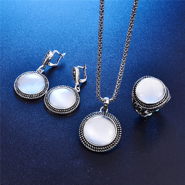 Elegant Vintage Opal Stone Jewelry Set Fashion Round Pendant Necklace Set Antique Silver Color 3Pc Crystal Jewelry Party Costume 1