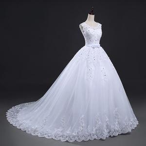 Image 2 - Fansmile Lange Zug Vintage Spitze Up Bogen Prinzessin Hochzeit Kleider 2020 Weiß Braut Ballkleid Robe de Mariee Real Photo FSM 089T