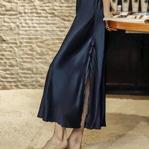 Image 2 - Damen Sexy Silk Satin Nachthemd Lange Nacht Kleid Spitze Sleep Sommer Nachthemd V ausschnitt Schlaf Kleid Nachtwäsche Für Frauen
