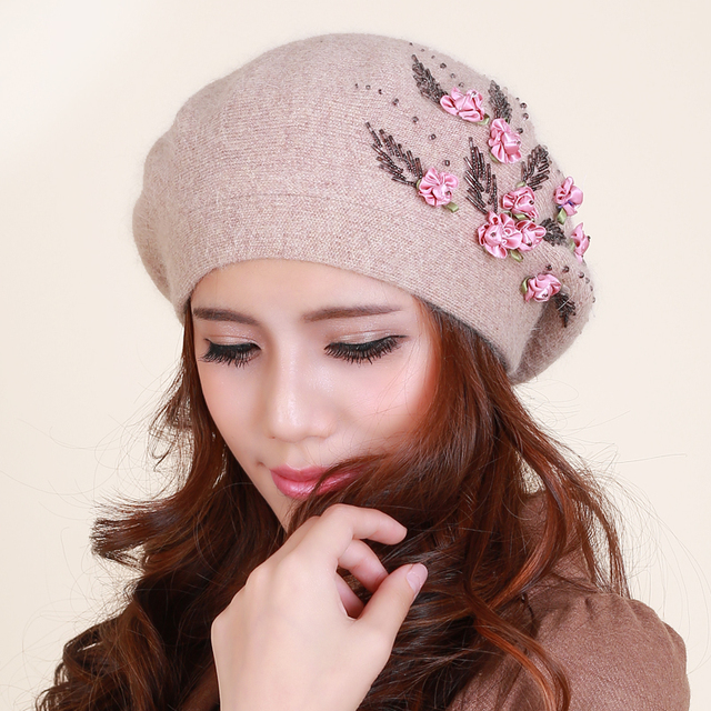 Ladies winter rabbit wool warm hat women all-match cute flower hat female hand beaded hat painter B-1176