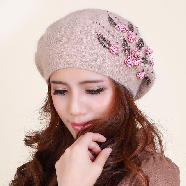 Señoras invierno sombrero caliente de las mujeres del todo-fósforo de lana de conejo lindo mano con cuentas flor hembra sombrero sombrero pintor B-1176