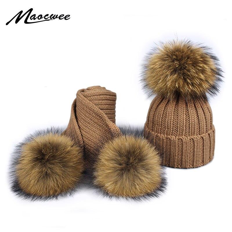 2018 chica Pom gorro de punto sombrero de pompón sombrero y bufanda conjunto niños Real de piel de mapache pompón sombrero del invierno sombrero
