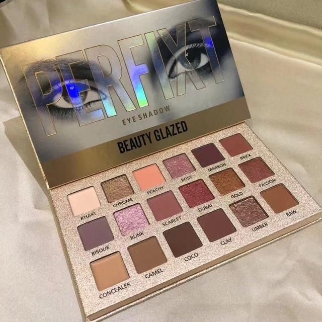 Belleza vidriada 18 colores Nude brillante sombra de ojos paleta maquillaje brillo pigmento ahumado sombra de ojos paleta cosméticos impermeables