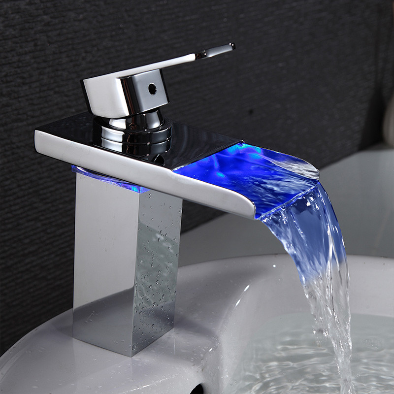 Basin Faucets Waterfall LED Light Basin Tap for Bathroom Torneira Led Chrome Finish Deck Mount Polished Sink Mixer Taps LH-16808