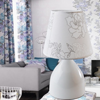 Modern Fashion Creative Desk Lamp Top Grade Cloth Desk Lamp Button Type Desk Lamp Exquisite Craft