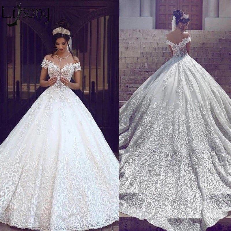 Luxury Dubai Arabic Wedding Dress 2019 Ball Gown Vestido De Noiva Lace Appliques Sweetheart Bridal Gowns Long Train Bride Dress
