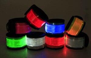 LED Nylon Deportes Correa de Muneca Bandas Bofetada Pulsera Pulsera de Destello de Luz Brillante Brazalete Llamarada Correa Para(China)