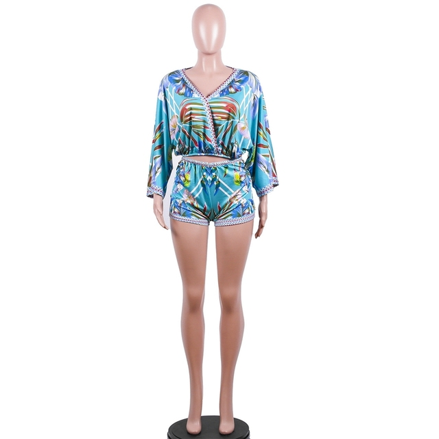 ce1db91bfb HAOYUAN Sexy 2 Piece Set Women Floral Print Boho Beach Crop Tops+Bodycon Shorts  Sweat Suits Summer Outfits Two Piece Tracksuit