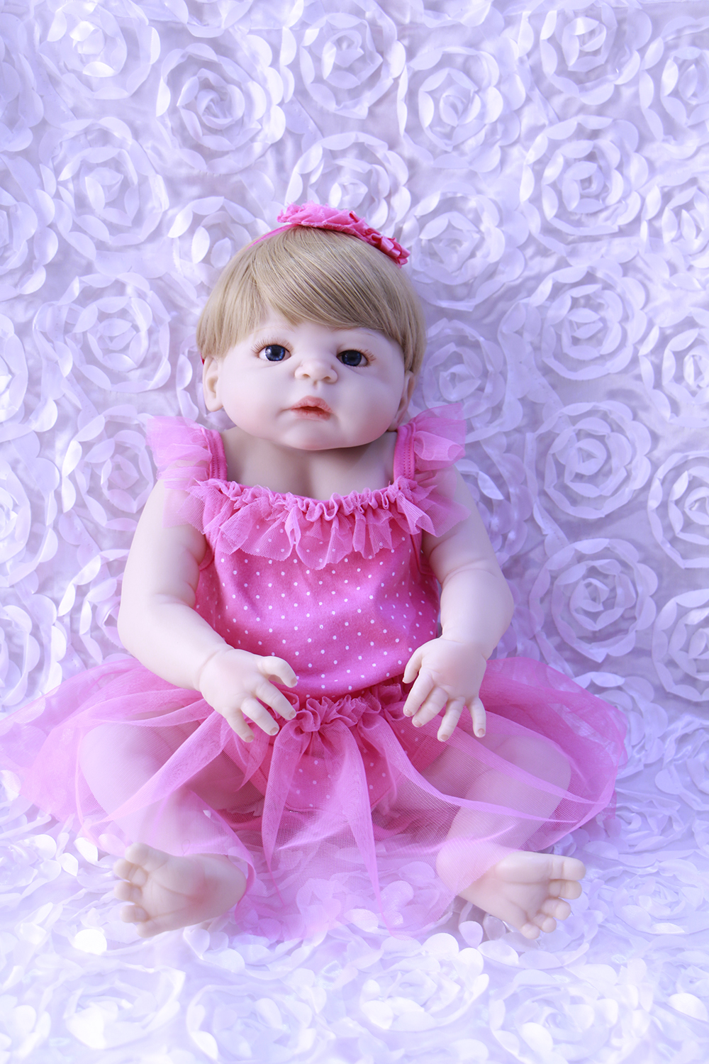 NEW ADORABLE 57CM REBORN DOLL HANDMADE FULL SILICONE bebe DOLL REBORN BONECA IN CUTE CLOTHES FASHION BABY DOLLS FOR GIRLSNEW ADORABLE 57CM REBORN DOLL HANDMADE FULL SILICONE bebe DOLL REBORN BONECA IN CUTE CLOTHES FASHION BABY DOLLS FOR GIRLS