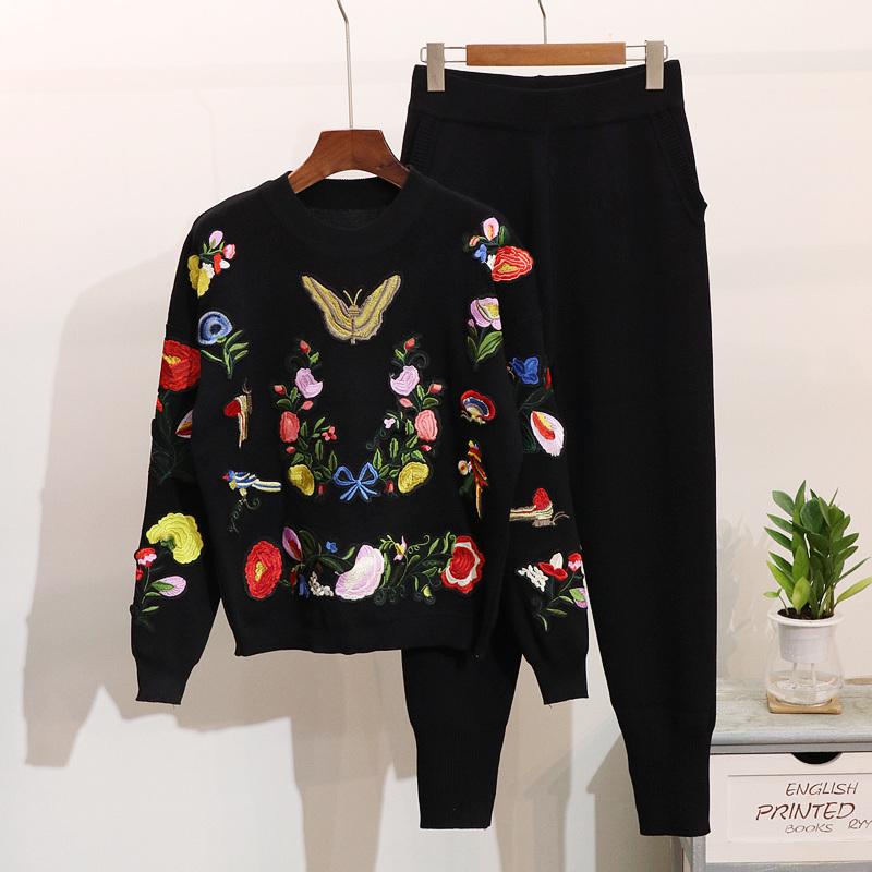 2019 Autumn New Women Knitted Set Tracksuit Korean Embroidery Butterfly Flowers Casual Long Sleeve Sweater + Pants 2 Piece Sets