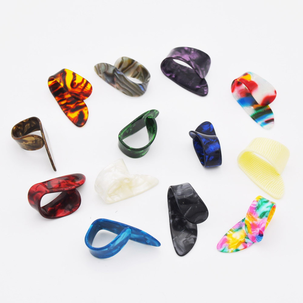 1 piece thumb finger guitar pick celluloid mediator thumbpick for acoustic electric guitarra. Black Bedroom Furniture Sets. Home Design Ideas