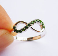 Wellmade Solid 925Sterling Silver&Green Gems Infinity Friendship Ring