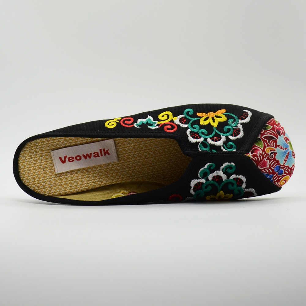Veowalk ผู้หญิงผ้าใบรองเท้าแตะปักฤดูร้อน Vintage สุภาพสตรีสบายๆเก่าปักกิ่งผ้าฝ้ายเย็บปักถักร้อยทำด้วยมือรองเท้า