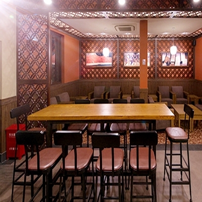 Starbucks Retro Rectangular Wood Tables, Wrought Iron Table Round Table Bar  Chairs Do The Old