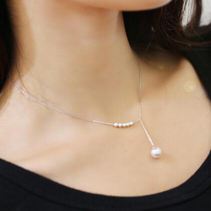 Fashion Charm Women Faux Pearl Necklace Vintage Temperament Clavicle Chain