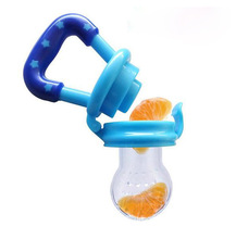 цена на 1pcs Retail Baby Silicone Pacifier Clips Infant Nipple Fresh Food Milk Nibbler Feeder Safe Baby Feeding Pacifier Bottles
