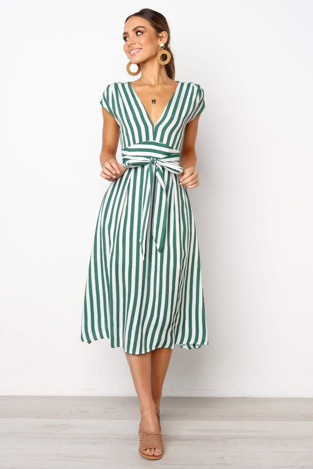 Bobasatop 2019 spring and summer new European and American V-neck belt slim striped dress