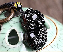 5pcs/lot Natural Obsidian Engraving Pendant 3D Carved Pi Xiu Women Mens Amulet Lucky Jades Jewelry Pendants With Free Rope