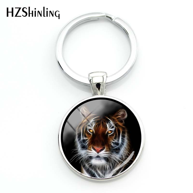 2018 New Fashion Men Cool Tiger Pendant Keychain Women Fashion Silver Key Chain Wild Animal Glass Cabochon Jewelry Gift