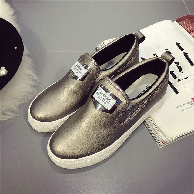2017 Spring Autumn Casual Flats Shoes Women Round Toe Ladies Moccasins Espadrilles PU Leather Designer Shoes