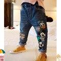 2017 Outono roupas novas crianças Coreanas jeans crianças Coreano moda dos desenhos animados impresso calças tamanho 90-130