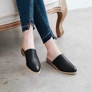 Image 5 - Sandalias planas informales elegantes para mujer, zapatillas bajas de talla grande 48, de marca de diseñador, para verano, color negro