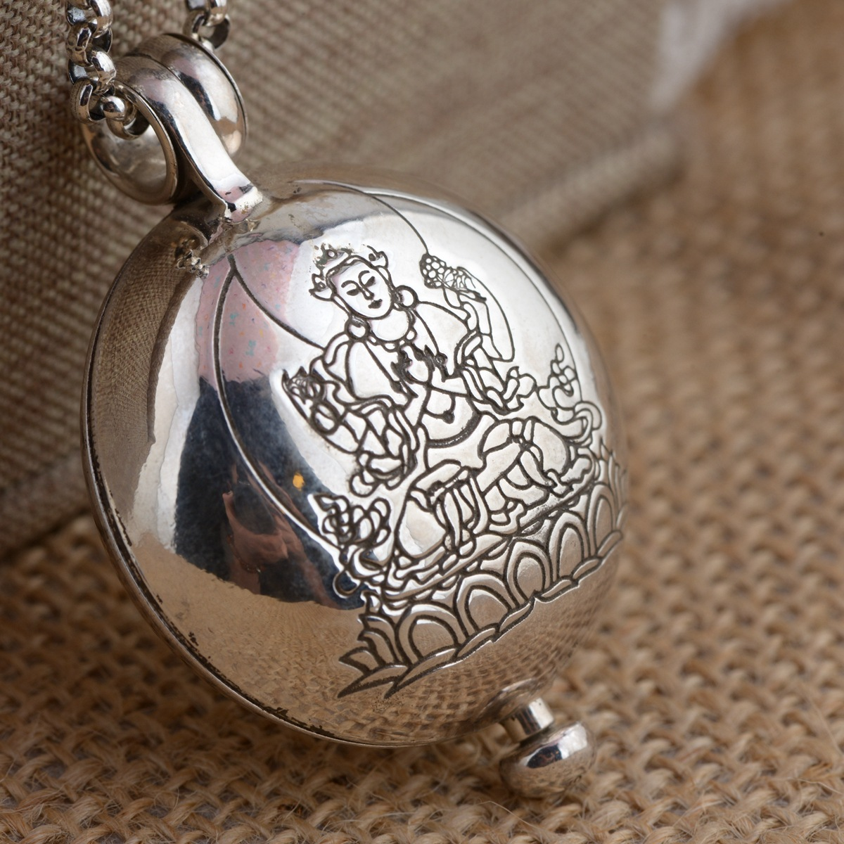 Cerf roi S925 pur argent boîte à bijoux bijoux pendentif gawu intime peut ouvrir le nouveau cadeau du bouddhisme