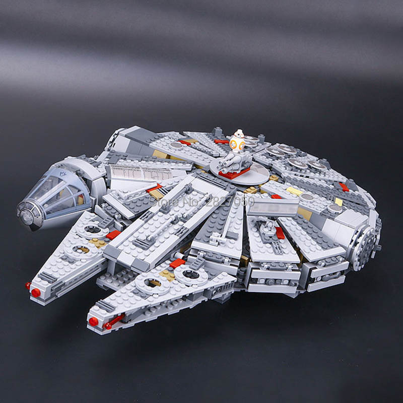 1381pcs Star Series War Building Blocks boys toy Force Awakens Millennium Falcon Block Christmas Gift toys for children 05007 lepin 05007 stars series war 1381pcs force awakens millennium toys falcon diy set model building kits blocks bricks children toy