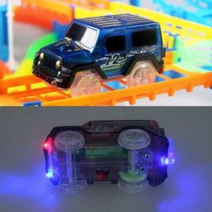 Image 5 - 2019 demiryolu yarış pisti oyun seti eğitici DIY viraj esnek yarış pisti elektronik flaş ışığı oyuncak arabalar çocuklar için