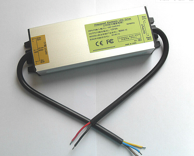 12 V 60 W 5A En Plein Air LED Étanche Lumière Transformateur Électronique Alimentation Pilote!