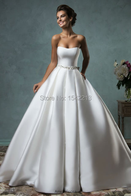 Hot Sale Strapless Beaded Ball Gown Princess Wedding Dress Bride