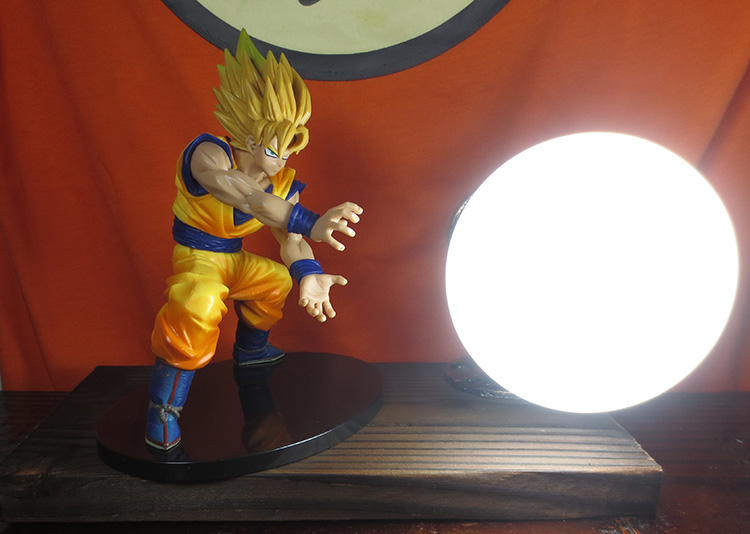 KNL HOBBY Dragon Ball LED desk lamp explosion models hand the Monkey King charroux game led Eye creative birthday gift