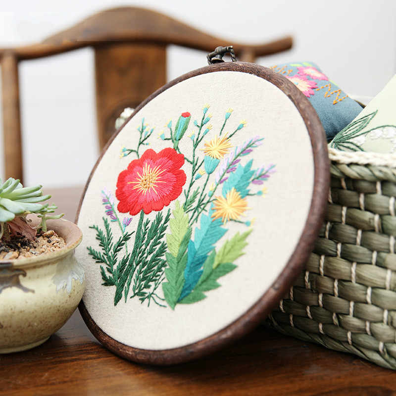 1Set  Hand Embroidery DIY Materials Package Novice Embroidery Flowers Vintage Cross -Stitch Cloth With Frame Living Room Decor