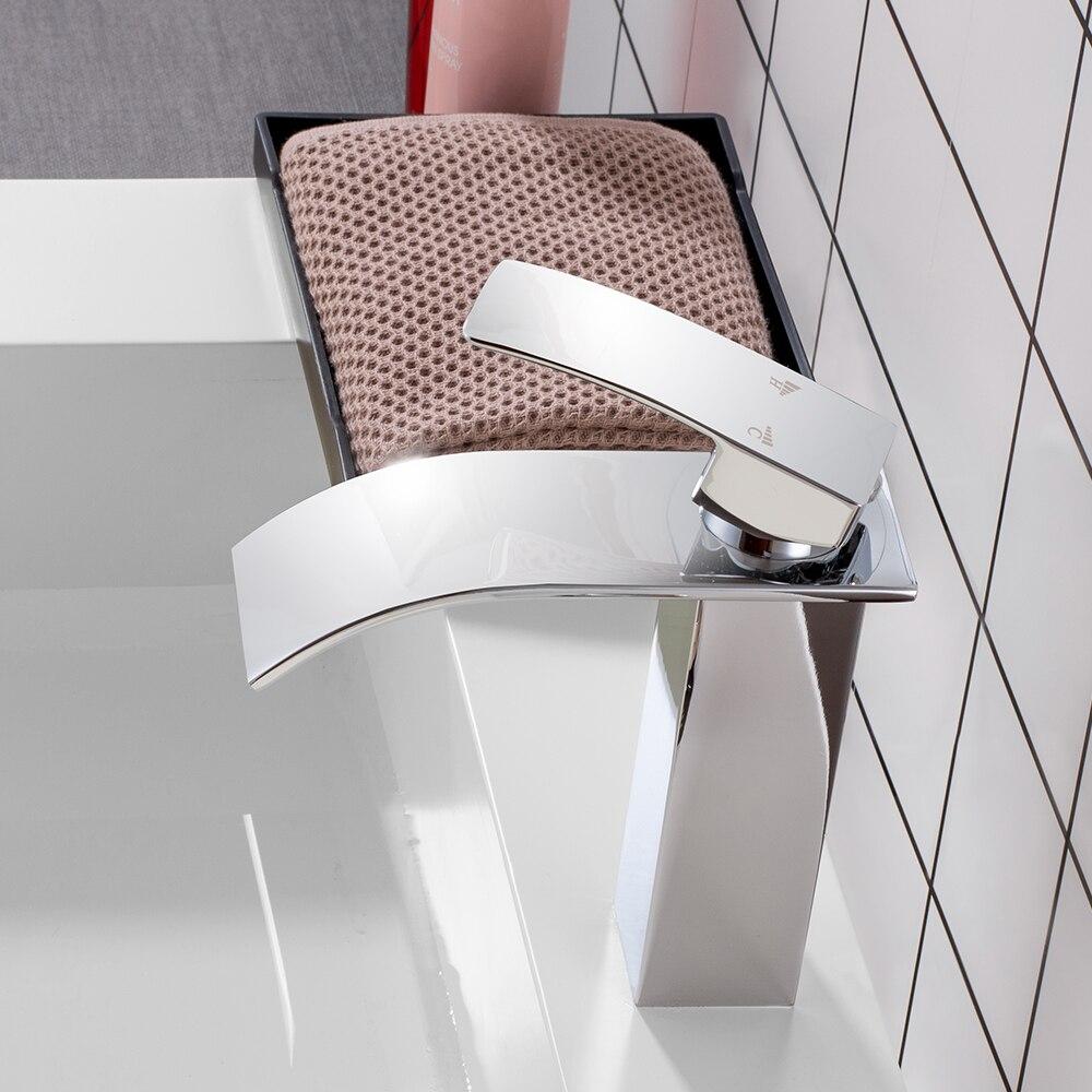 Cascade salle de bain vanité évier robinet mitigeur Chrome laiton chaud et froid lavabo mélangeur robinets Torneira